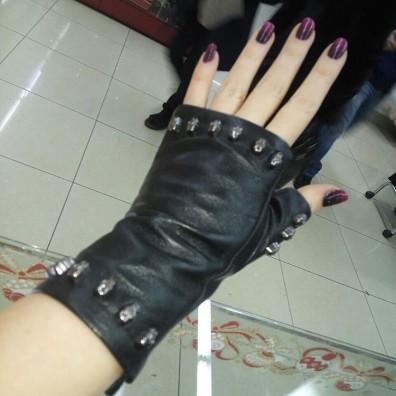 Кожаные перчатки №296